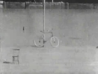 Thomas A. Edison - Bicykl Trick Riding 1899�