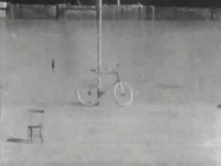 Thomas A. Edison - Bicykl Trick Riding 1899�